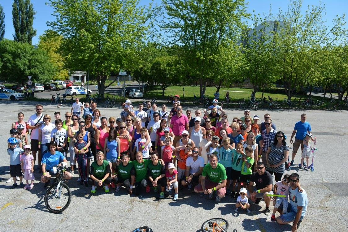 Több mint kétszázan vettek részt az Amway jótékonyági kerékpáros akcióján Vácon