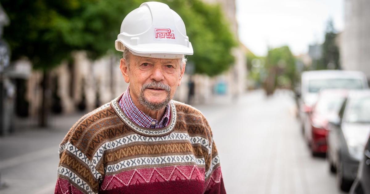 A Budai Várban, a budapesti és vidéki városközpontokban végzett munkáira a legbüszkébb a Hónap Mérnöke