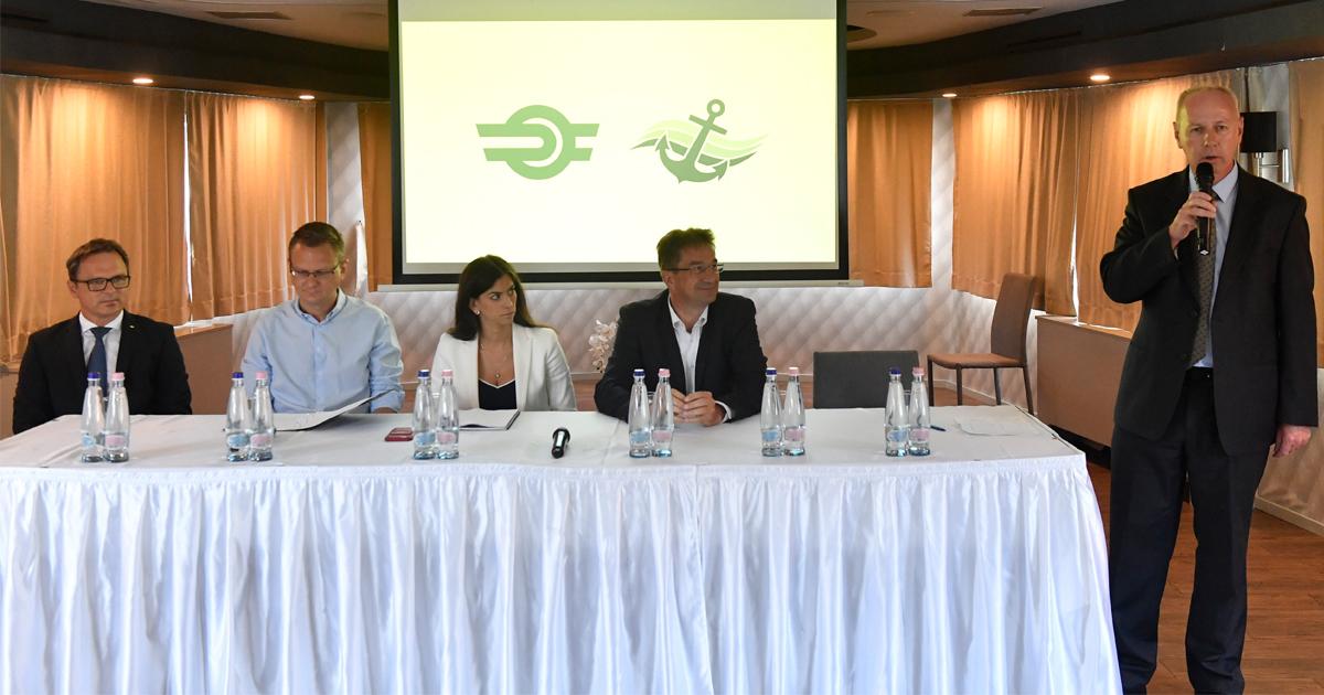 Kormányszóvivő: új közlekedési napijegyet vezettek be a Dunakanyarban