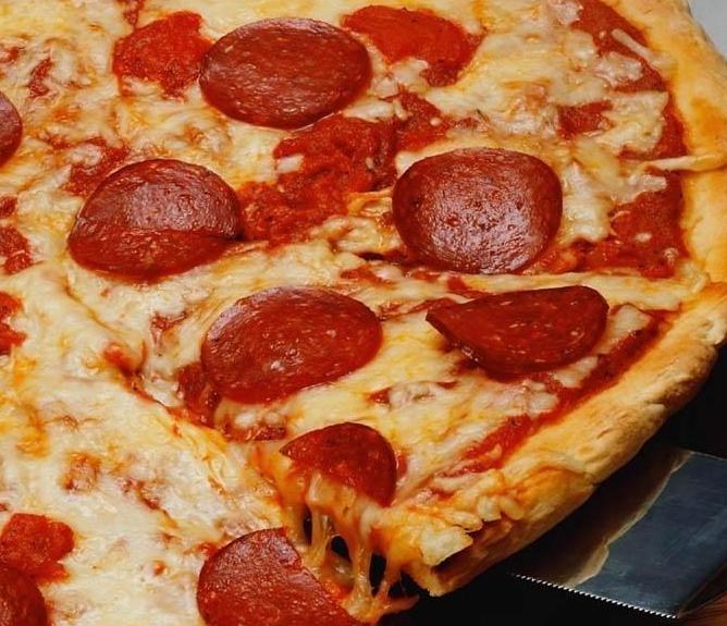 A Megosztásod most egy pizzát érhet!