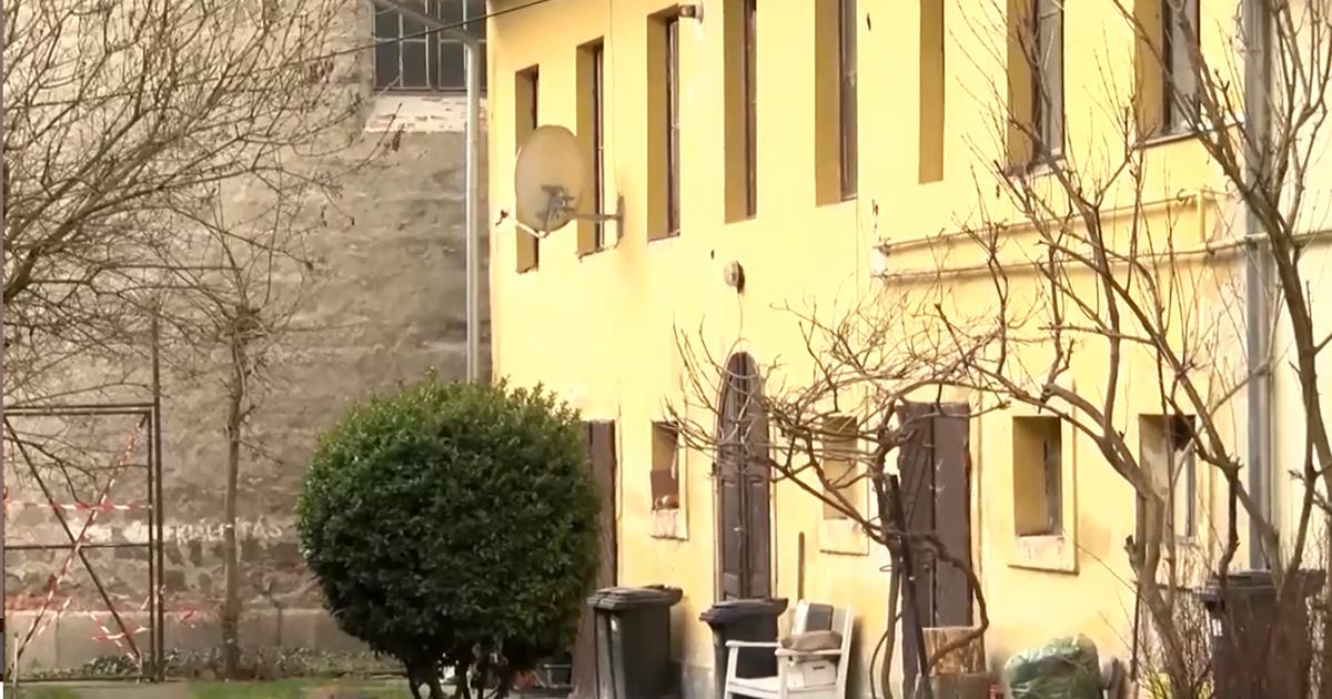 A kormány segít az önkormányzati lakásbérlőknek, így a váciaknak is