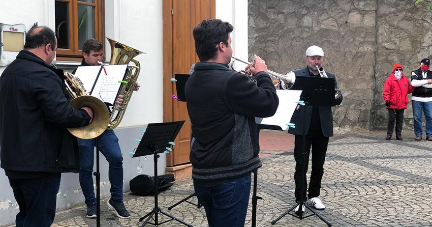 Komolyzenei karantén koncertekkel ajándékozza meg a Vác Civitas Zenekar a Dunakanyar lakóit (videó)
