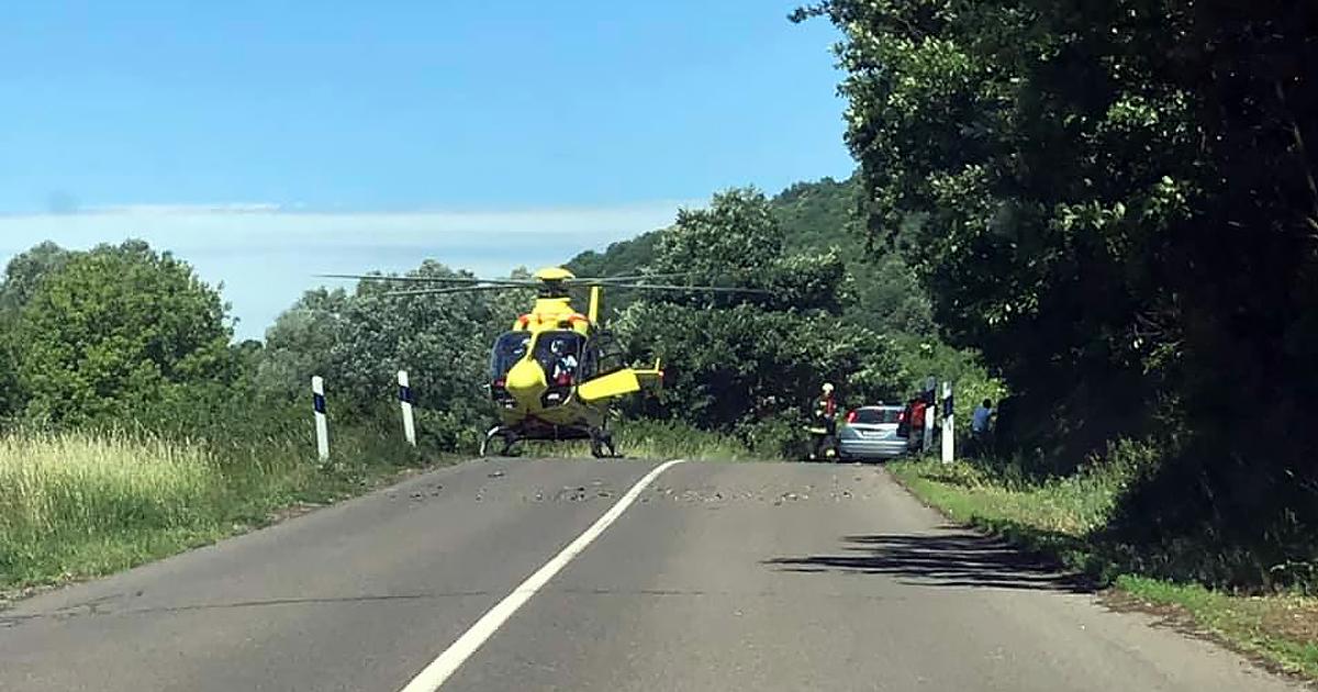 Mentőhelikopter érkezett egy börzsönyi motoros balesethez