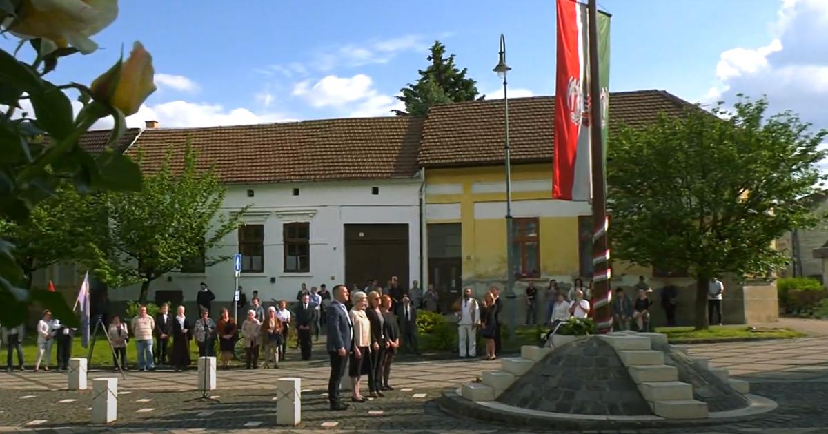 Trianon 100 megemlékezés Nagymaroson – a Dunakanyar Hírek videója